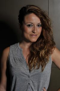 Lara Chaves